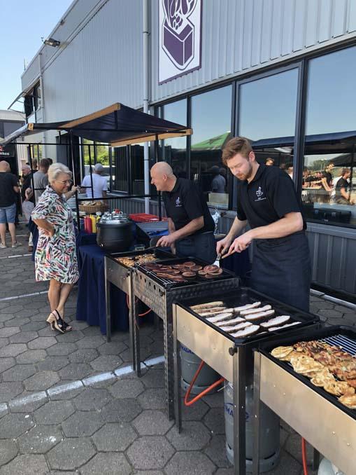 Slagerij C.W. van den Heuvel en Zn. Barbecue menu 1